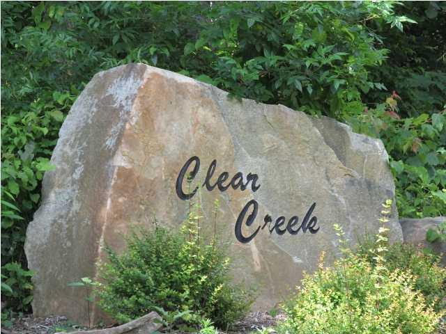 26 Clear Creek Dr, Signal Mountain, TN 37377