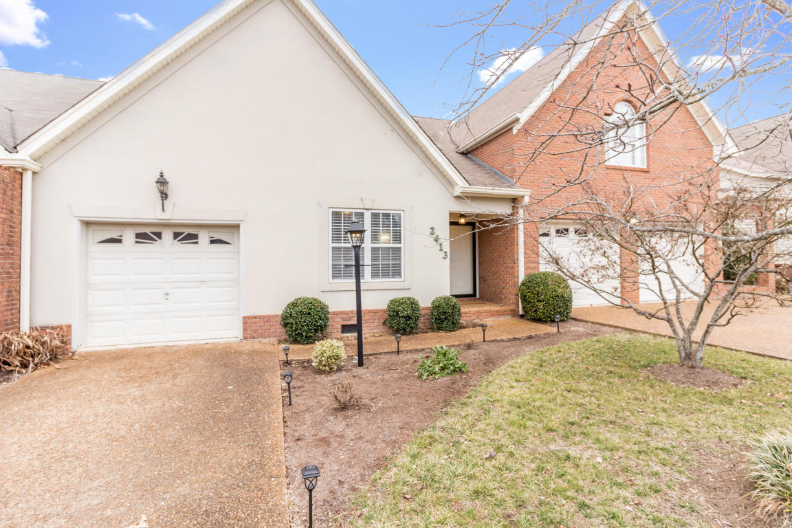 2413 Queens Lace Tr, Chattanooga, TN 37421