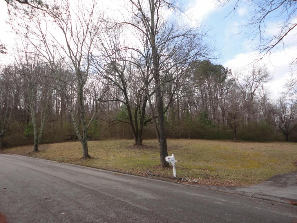 4953 Montcrest Dr, Chattanooga, TN 37416