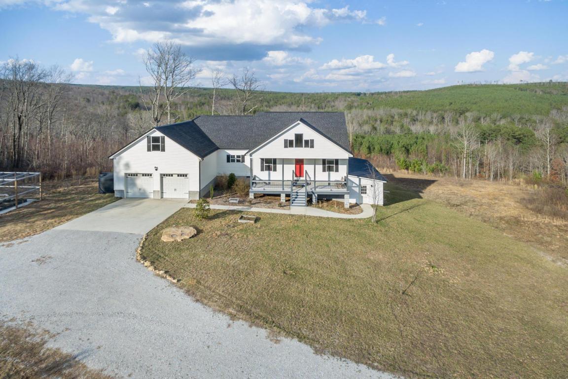 1555 Walden Farms Rd, Signal Mountain, TN 37377