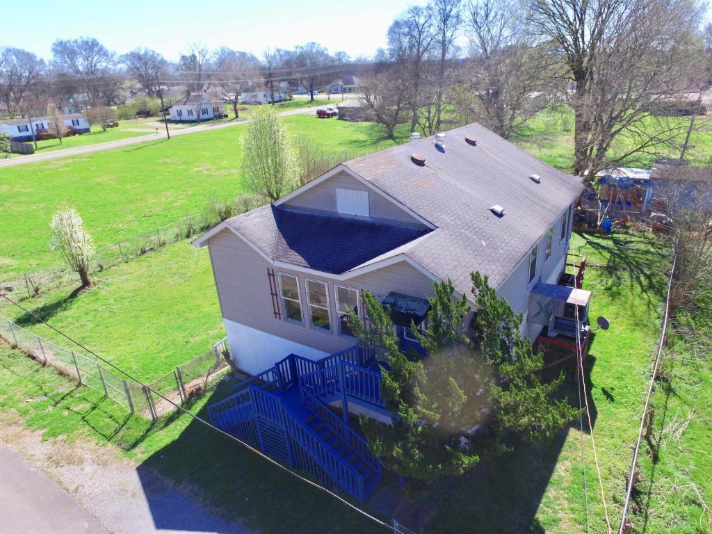 108 W 9th St, Chickamauga, GA 30707