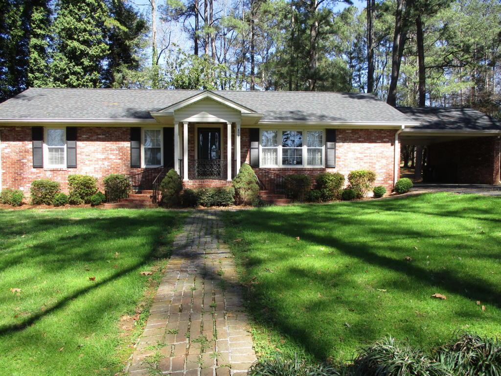 405 Brookwood Ln, Lafayette, GA 30728