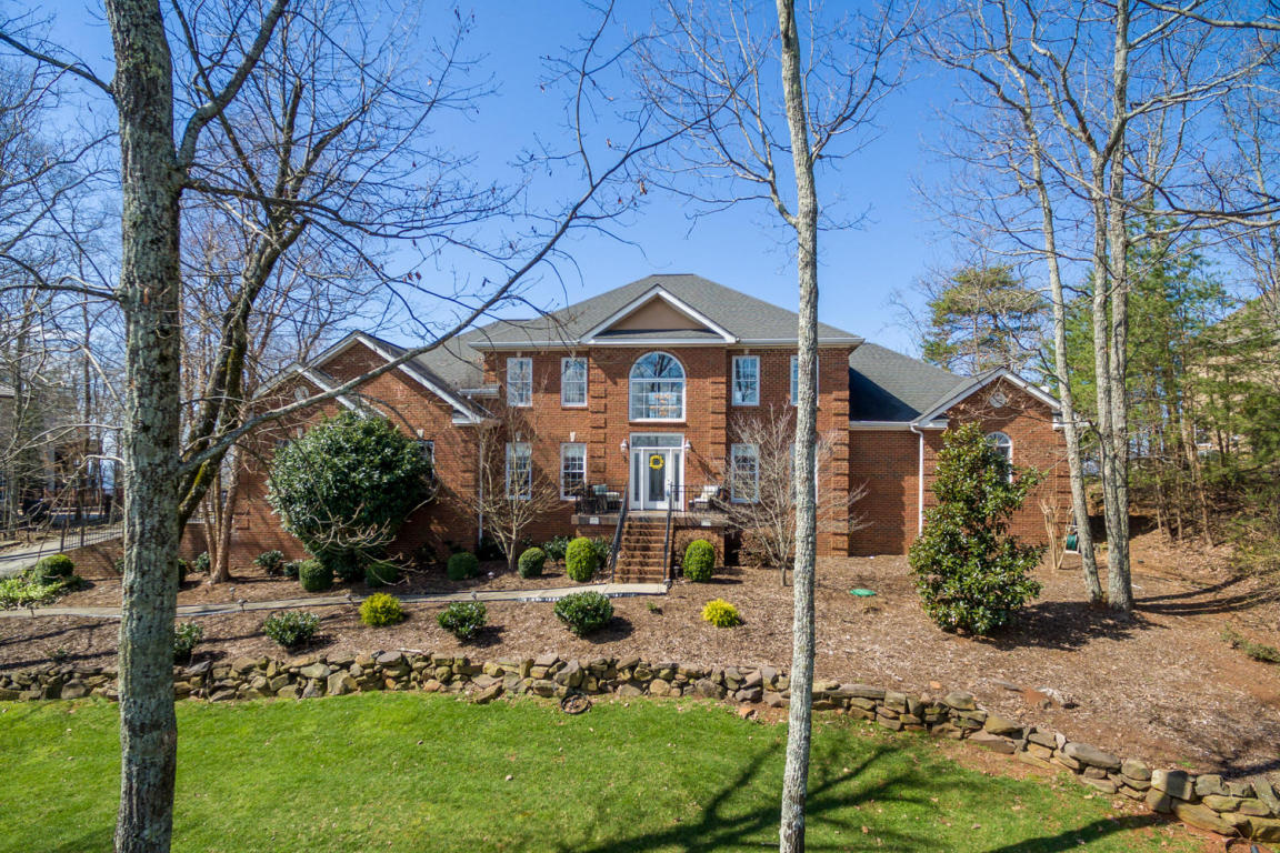 9701 Mountain Lake Dr, Ooltewah, TN 37363