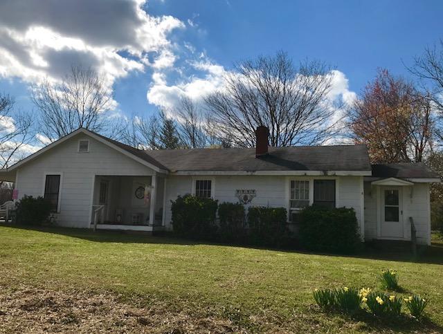 76 Jones St, Summerville, GA 30747