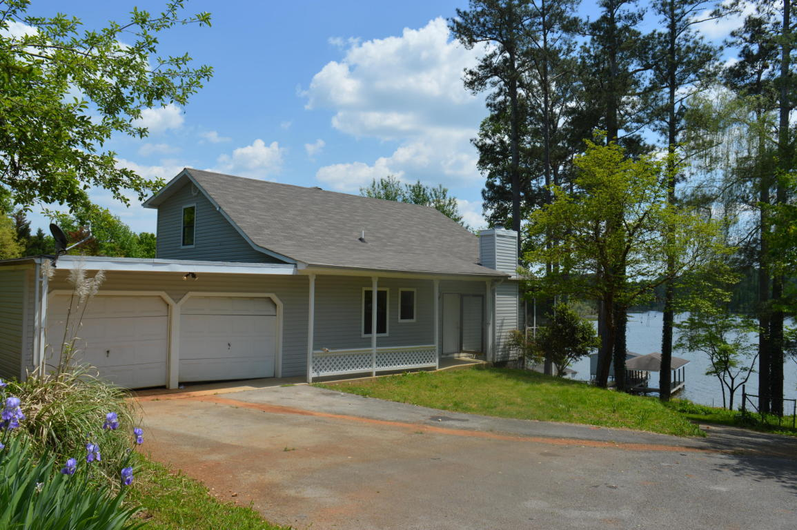 373 Lakehaven Cir, Decatur, TN 37322
