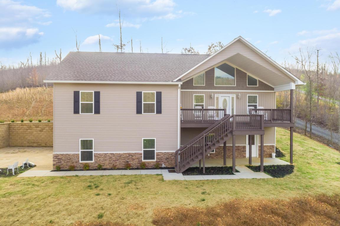 365 Meadowbrook Ln, Trenton, GA 30752