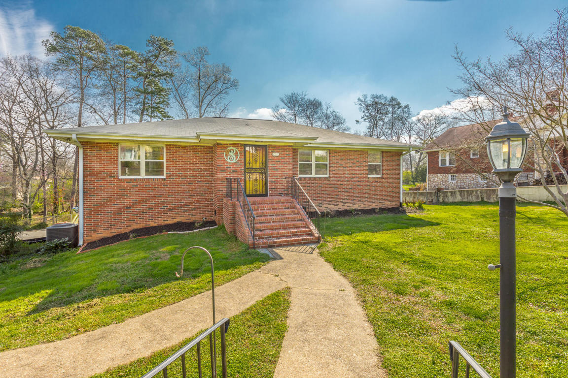 806 Orchard Ter, Rossville, GA 30741