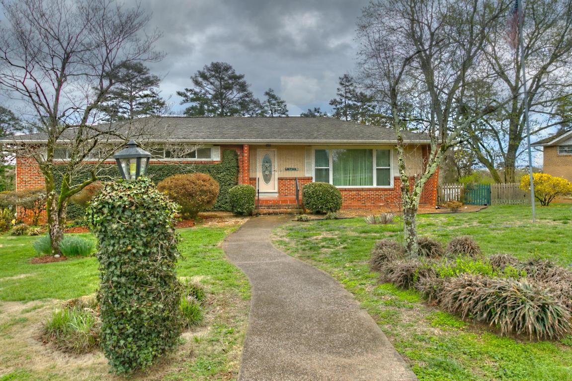 4706 Murray Hills Dr, Chattanooga, TN 37416