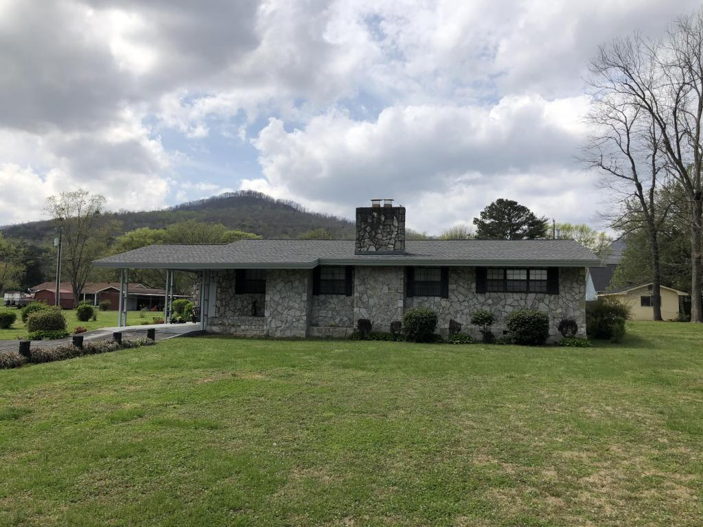 1017 Highland Ave, Jasper, TN 37347