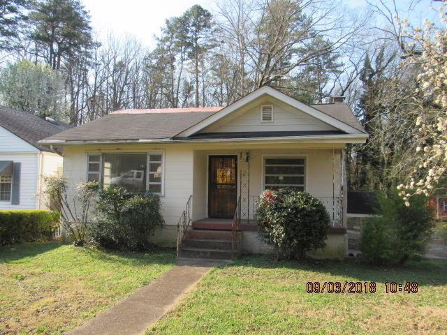 207 W Crest Rd, Rossville, GA 30741