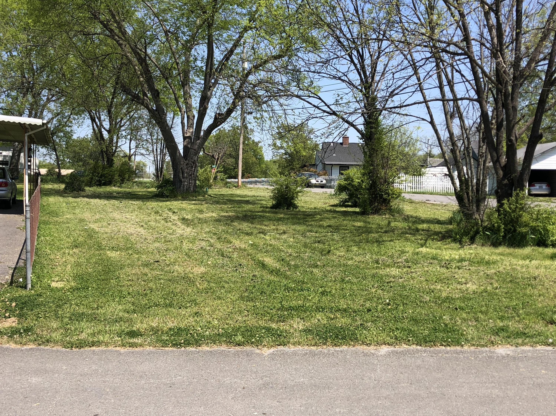 117 Hickory St, Rossville, GA 30741