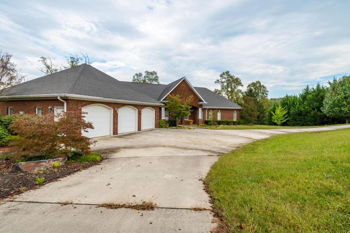 1030 Ewing Rd, Spring City, TN 37381