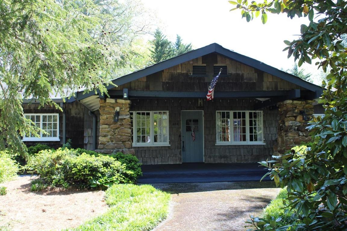 404 James Blvd, Signal Mountain, TN 37377