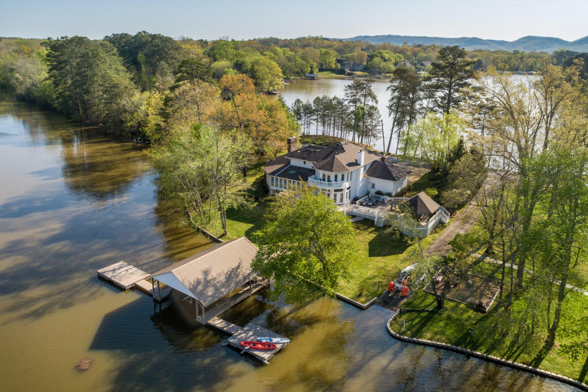 8123 Island Point Dr, Harrison, TN 37341