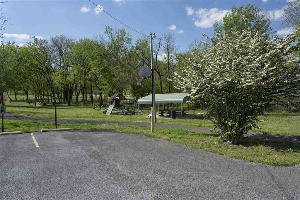 435 Fisher Rd, Dayton, TN 37321