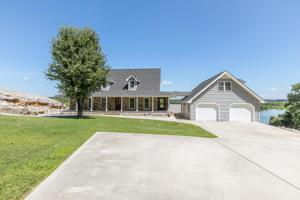540 Riverview Dr, Dayton, TN 37321