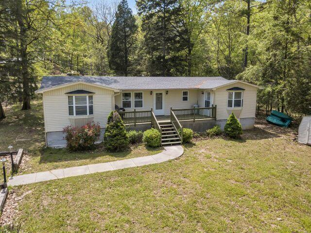 577 Lakeview Dr, Spring City, TN 37381