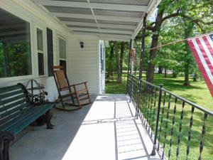 311 Longwood St, Chickamauga, GA 30707