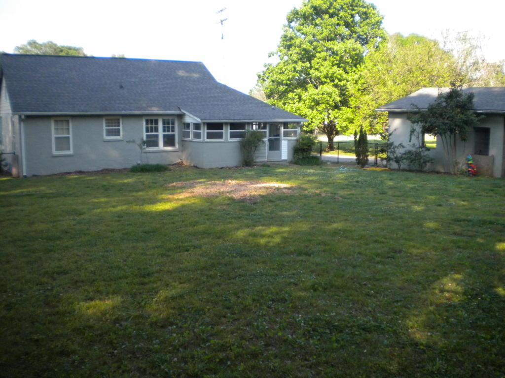 104 Jewell St, Chickamauga, GA 30707
