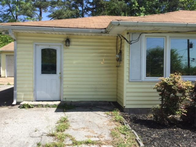 17 Shaver Ln, Rossville, GA 30741
