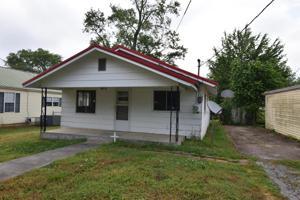 1243 Se Blythe Ave, Cleveland, TN 37311