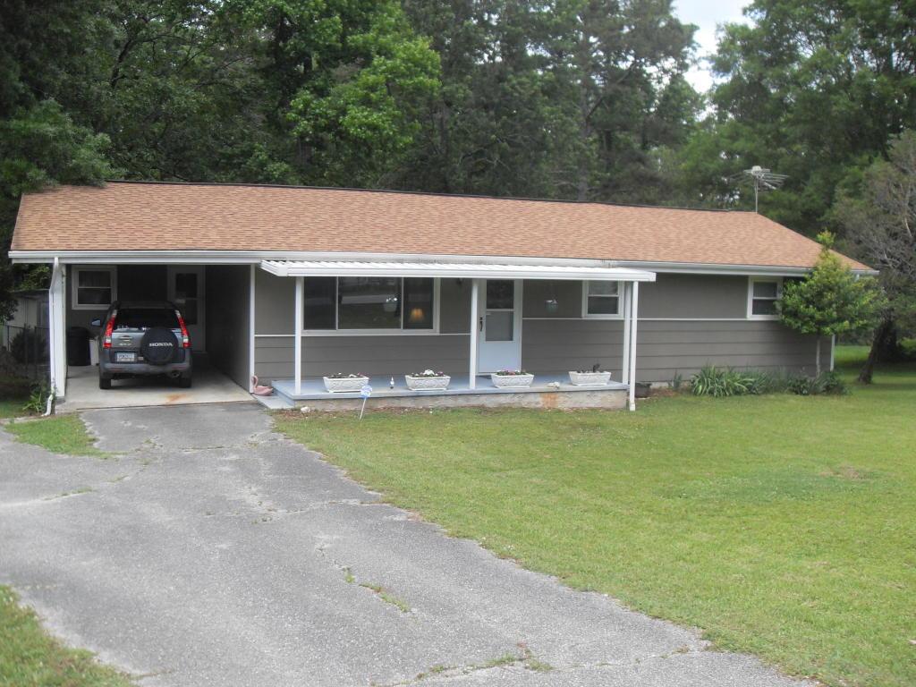 1041 Graysville Rd, Ringgold, GA 30736