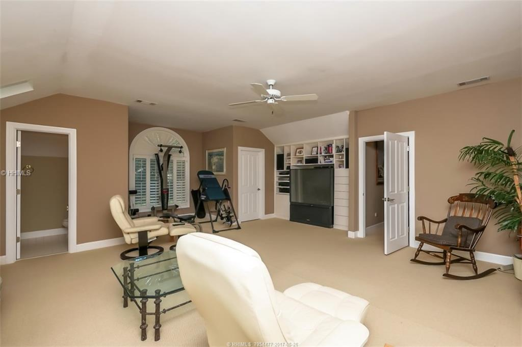 73 Leamington Lane, Hilton Head Island, SC 29928