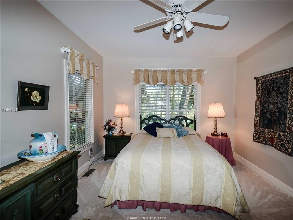 22 N Live Oak Road, Hilton Head Island, SC 29928