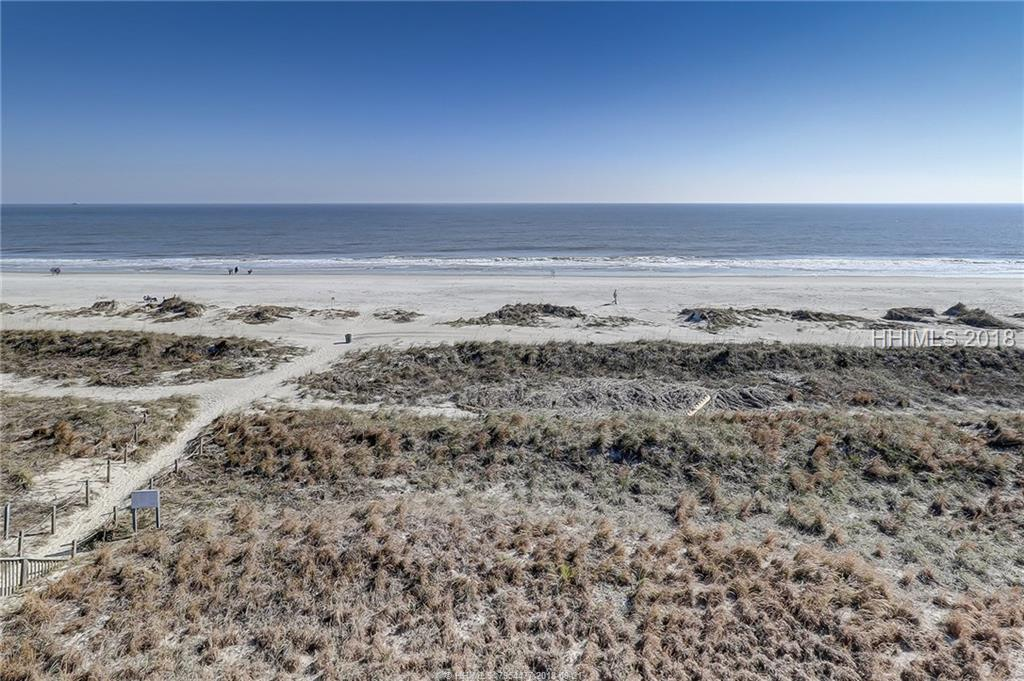 40 Folly Field Road, Hilton Head Island, SC 29928