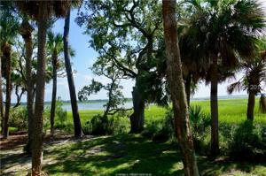8 Indian Hill Lane, Hilton Head Island, SC 29926