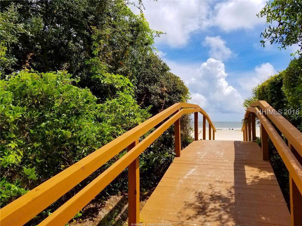 5 Atlantic Pointe Drive, Hilton Head Island, SC 29928