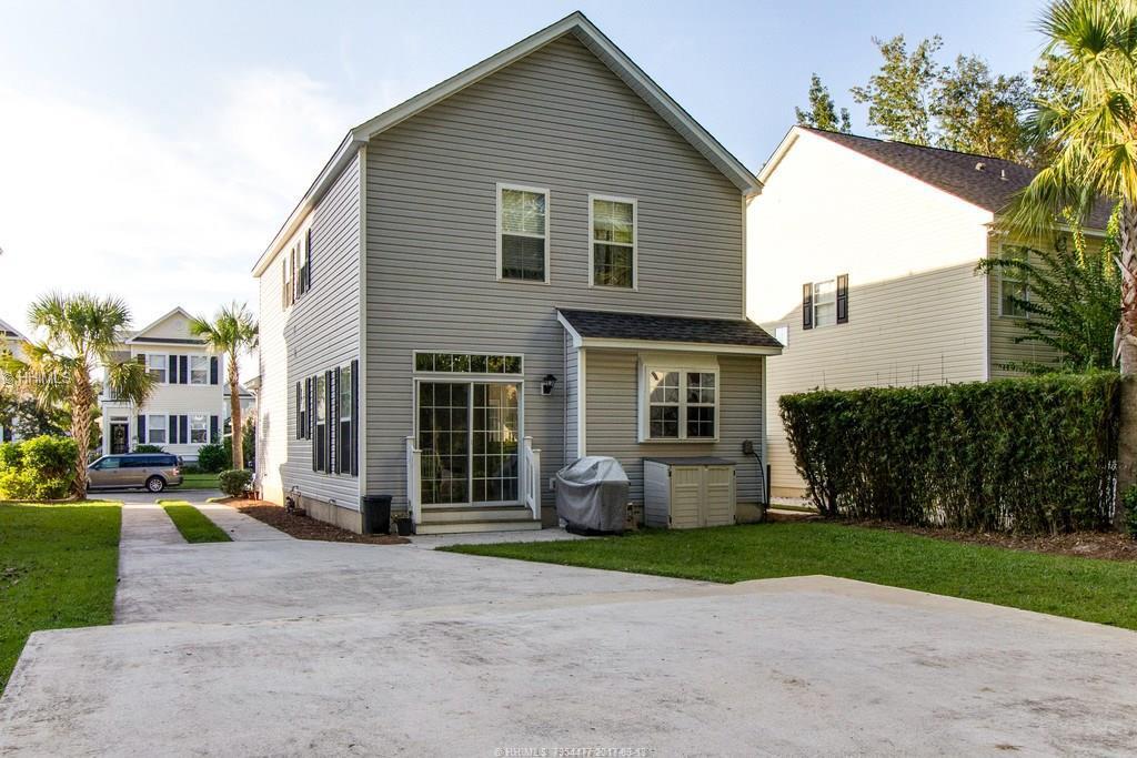 10 Abbey Ave, Bluffton, SC 29910