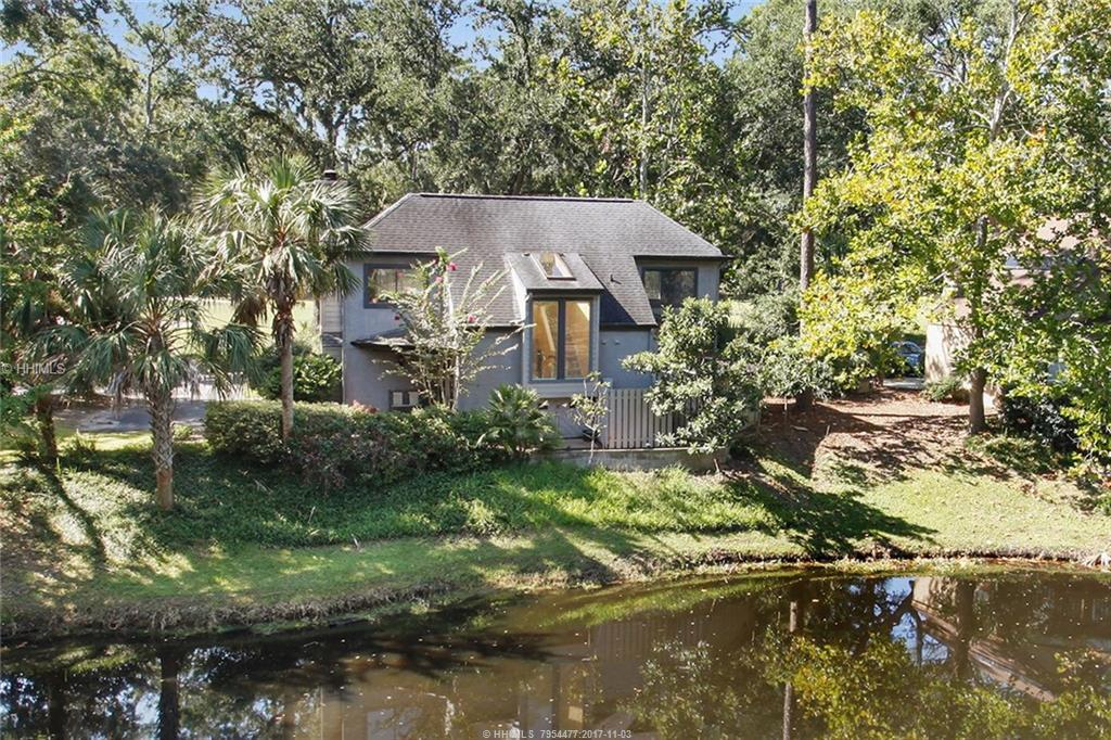 2 Bridgeport Lane, Hilton Head Island, SC 29928