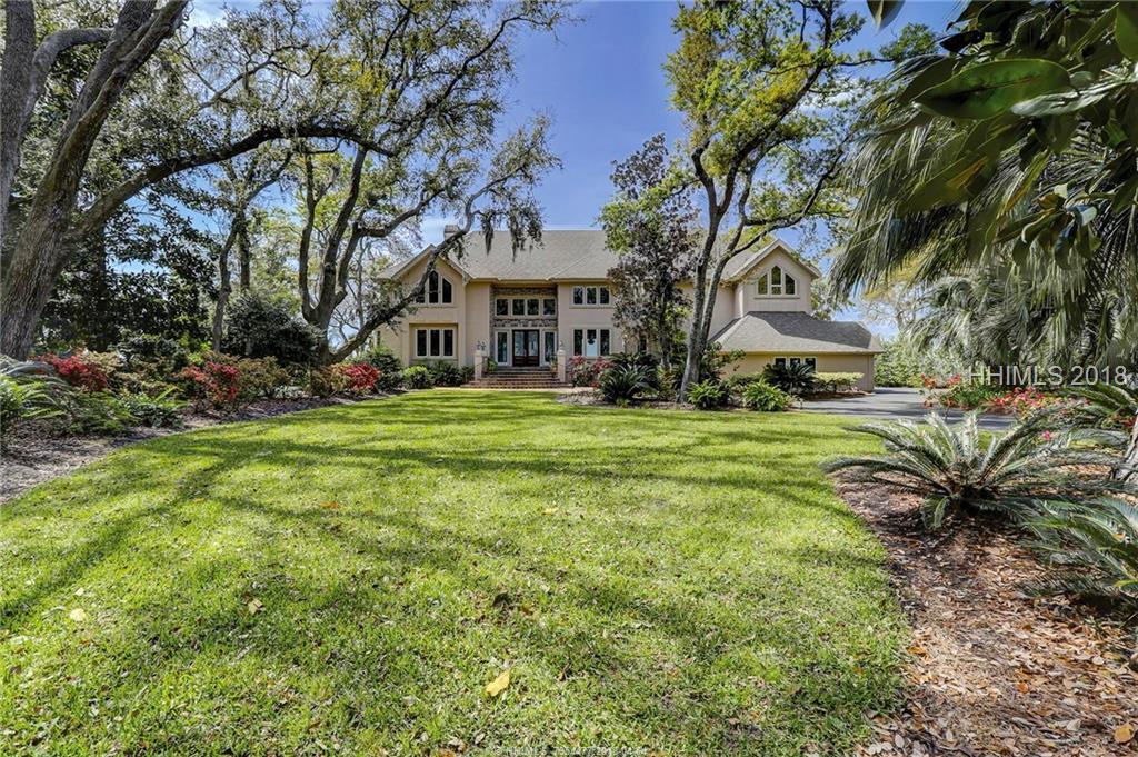 12 Brams Point Road, Hilton Head Island, SC 29926