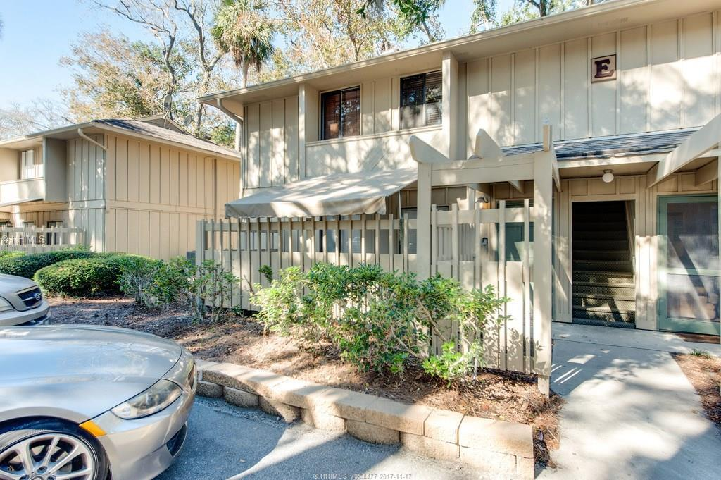 6 Woodward Avenue, Hilton Head Island, SC 29928