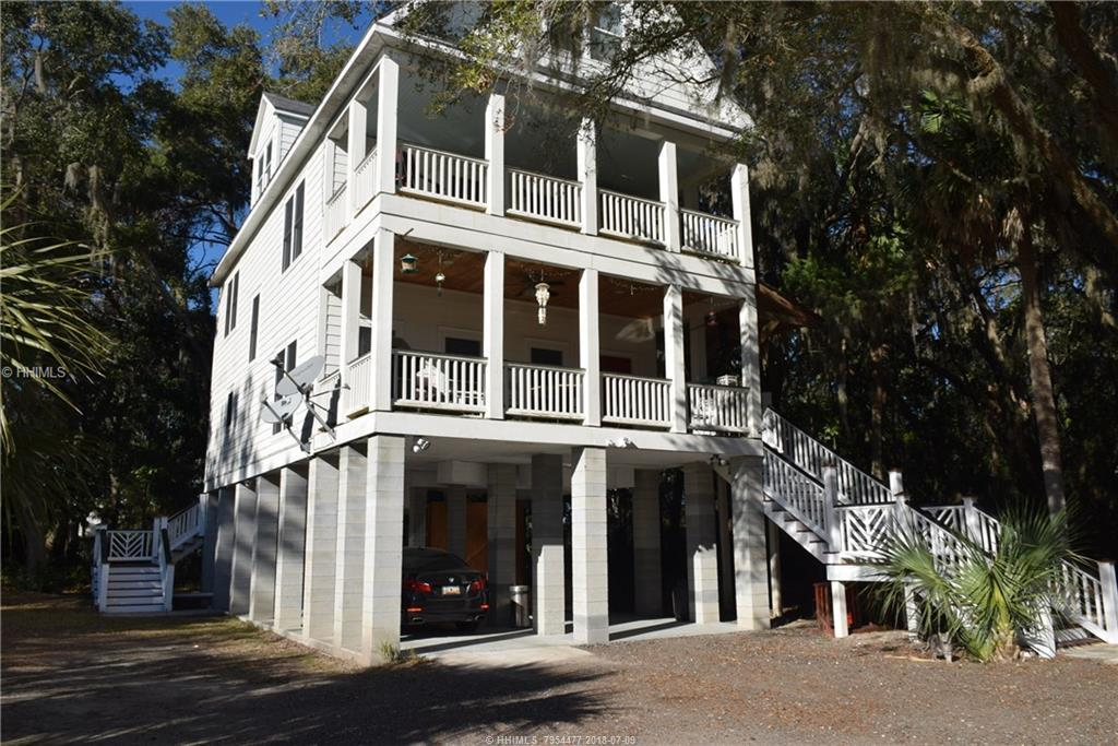 90 Harbor River Circle, Saint Helena Island, SC 29920