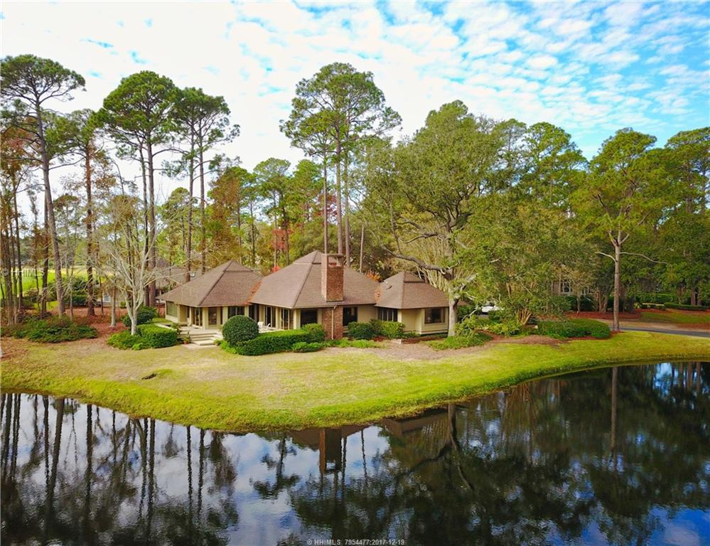 11 Strawberry Hill Road, Hilton Head Island, SC 29928