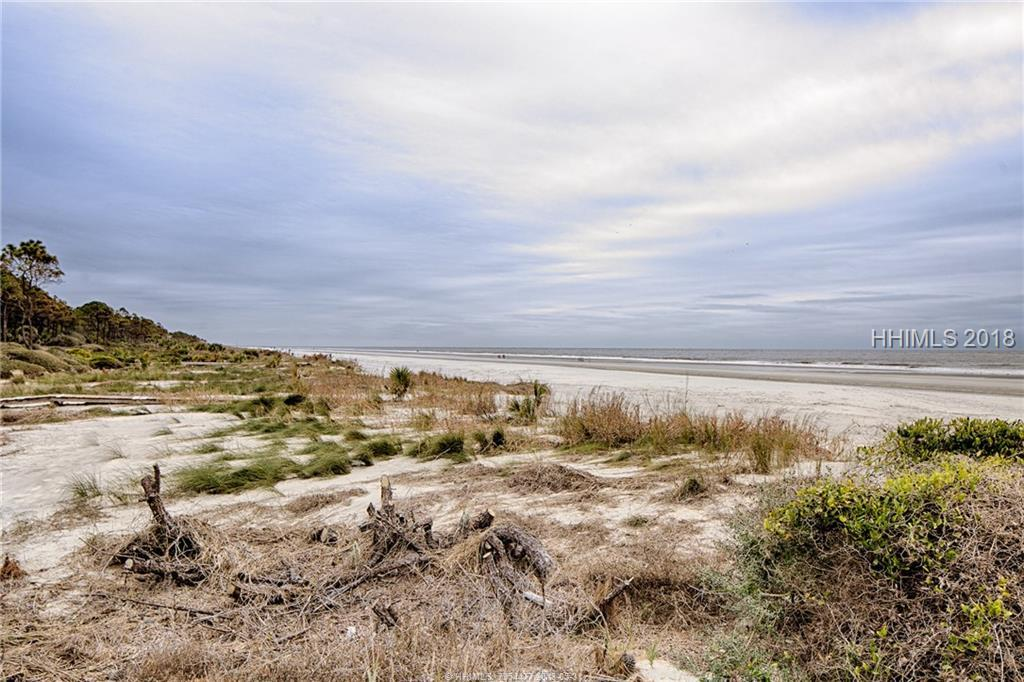 25 Ruddy Turnstone Road, Hilton Head Island, SC 29928