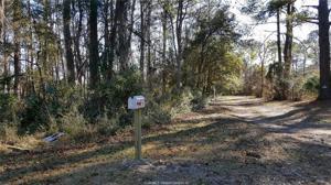 16 Sandy Lane, Beaufort, SC 29907