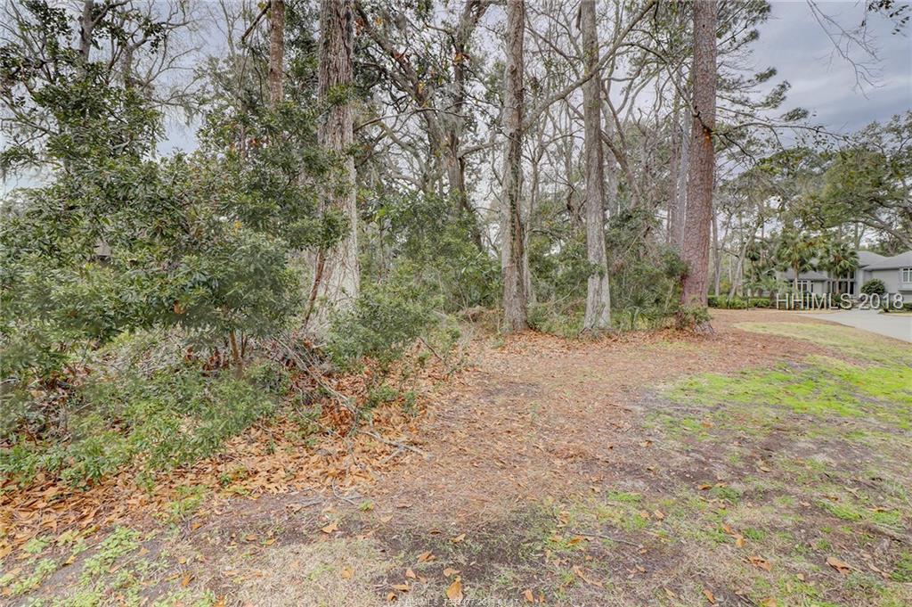 2 Retreat Lane, Hilton Head Island, SC 29928