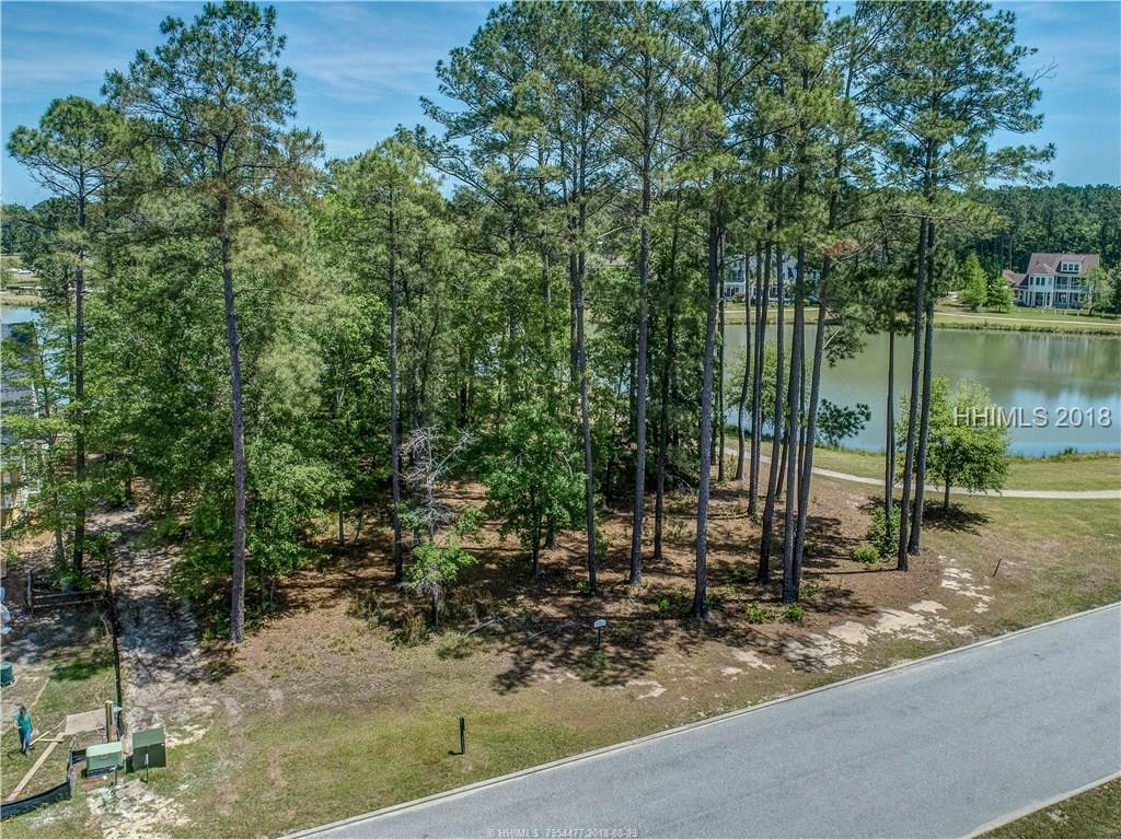 32 Oldfield Village Road, Bluffton, SC 29909