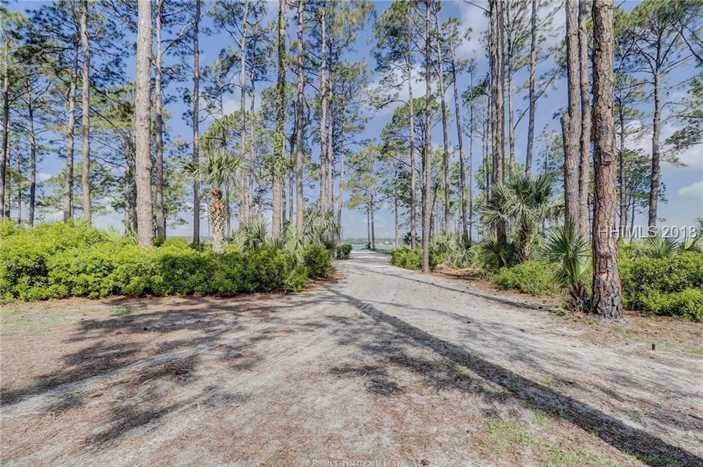 2 Braddock Bluff Drive, Hilton Head Island, SC 29928