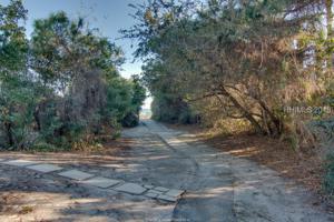 8 Whistling Swan Road, Hilton Head Island, SC 29928