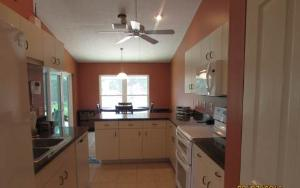 1605 Oak Ter, Lake Placid, FL 33852