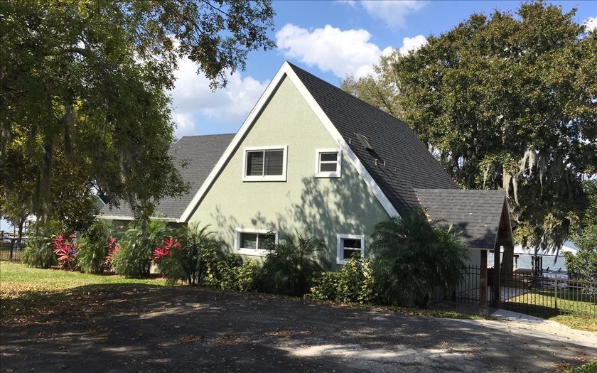 332 Lake June Dr, Lake Placid, FL 33852