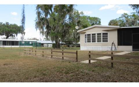4010 Cowhouse Rd, Lorida, FL 33857