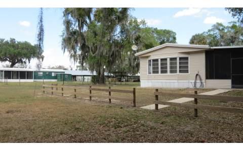 4020 Cowhouse Rd, Lorida, FL 33857