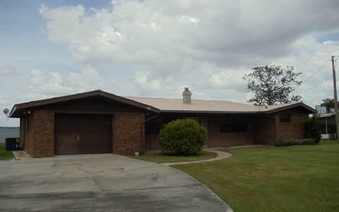 205 Lakerim Ct, Lake Placid, FL 33852