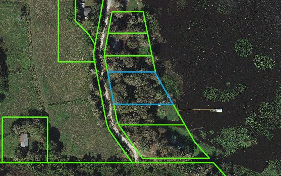 29 Windy Point Rd, Lake Placid, FL 33852