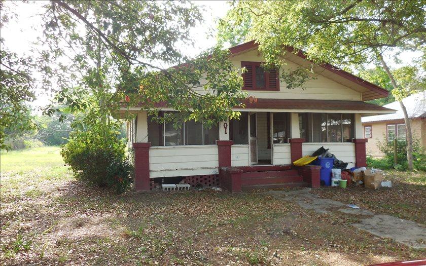 601 S Willow, Avon Park, FL 33825